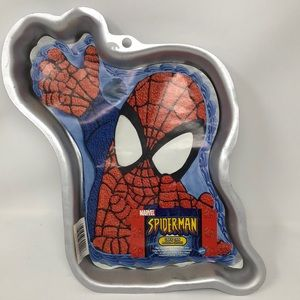 Wilton 2004 Marvel Spiderman Cake Pan with insert